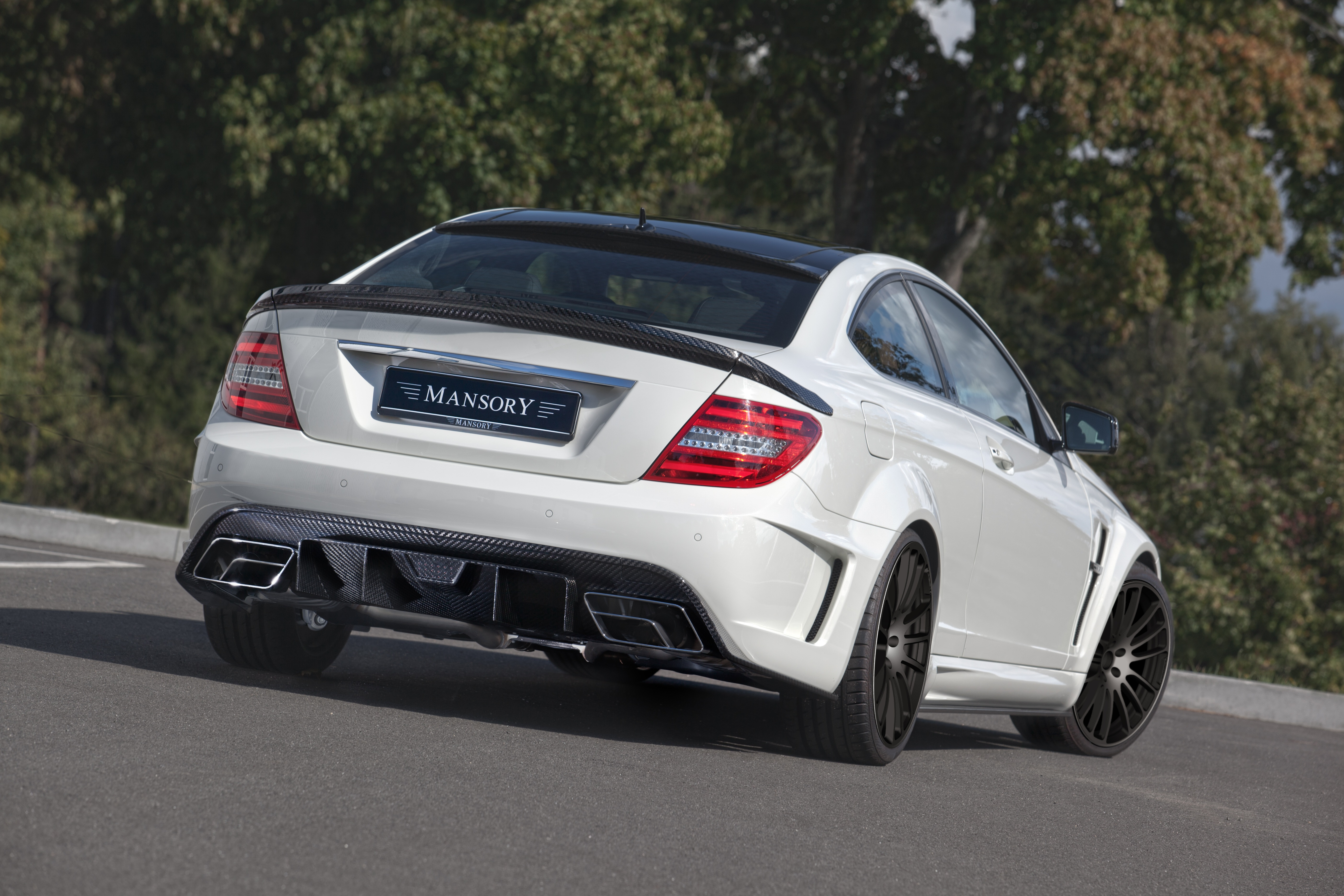 mansory_mercedes-benz_c-coupe_03.jpg