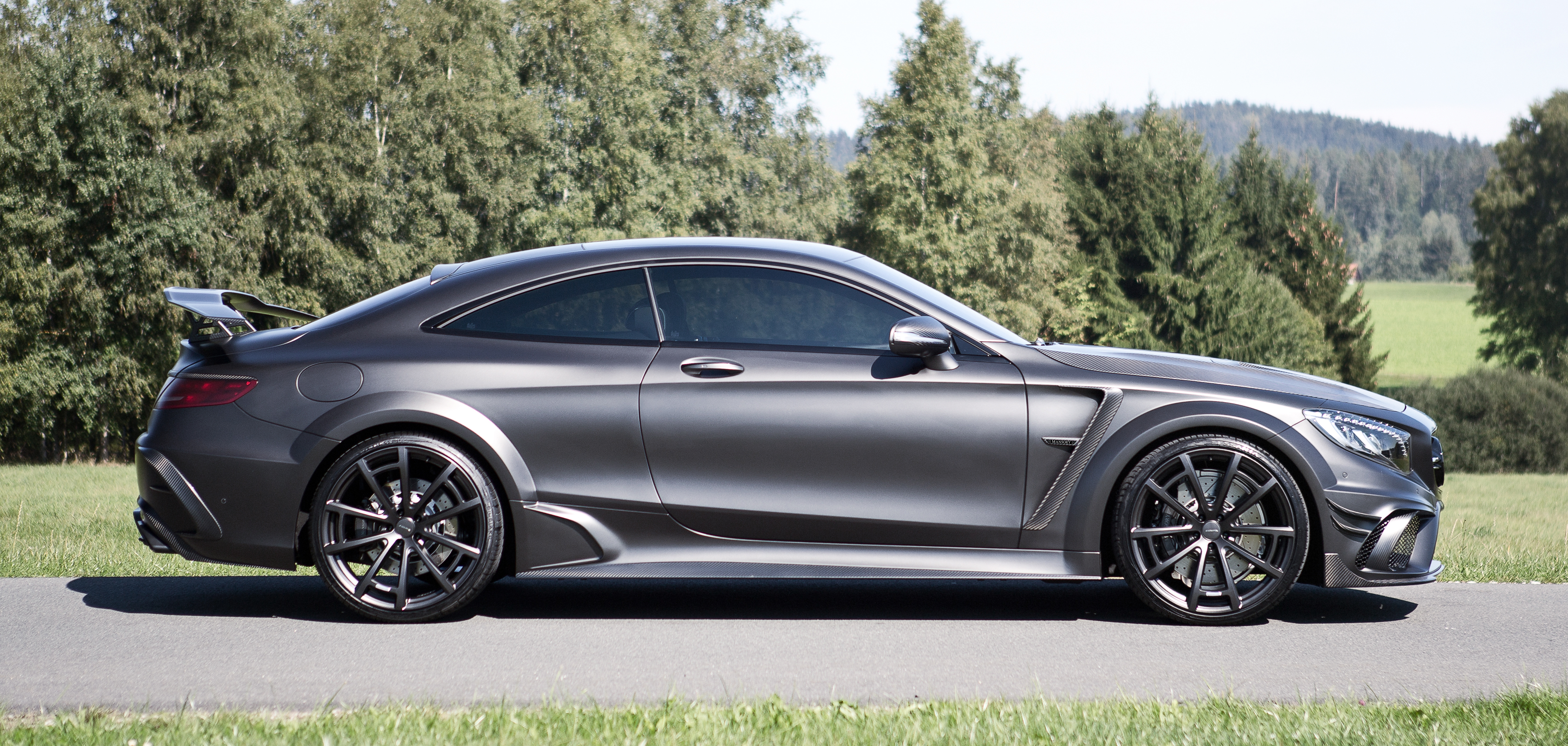 mansory_mercedes-benz_s-coupe_wide_black_edition_03.jpg
